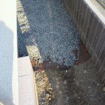 家の周りは砂利!